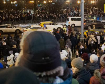Владимир Путин подписал закон о штрафах за неповиновение сотрудникам силовых органов на митингах