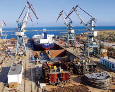 В Керчи начали строить вертолетоносцы для ВМФ России