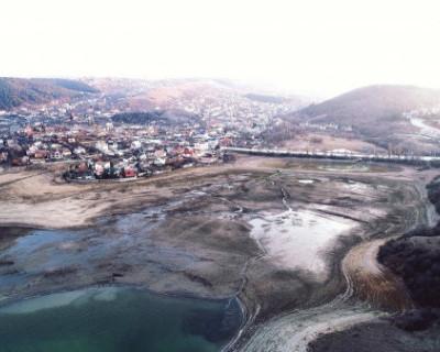 Таяние снега в горах Крыма пополнило водохранилища на 12 млн кубометров