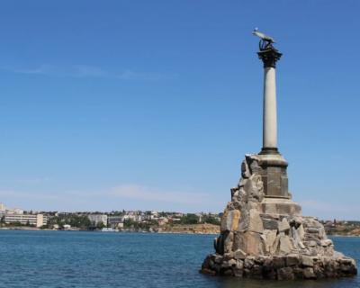 Правительство Севастополя проведет конкурс на размещение социальной рекламы в центре города