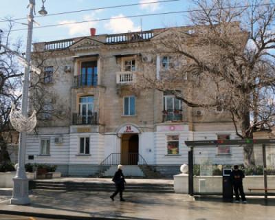 В Севастополе отреставрируют одно из знаковых зданий Большой Морской