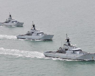 Великобритания построит ракетный флот Украины