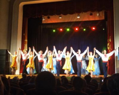 Праздничные поздравления женщинам от театра танца им. В.А. Елизарова