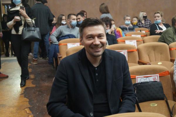 Режиссер-постановщик НеТрагедии «Бездонное озеро» Илья Оршанский