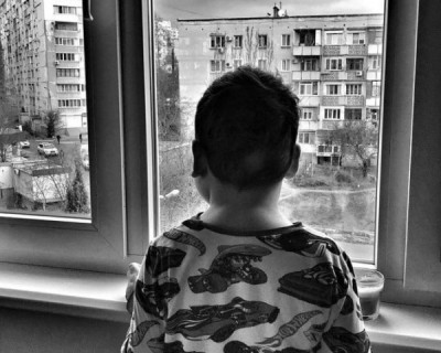 У 6-летнего Артура Григоряна из Севастополя – неоперабельная опухоль мозга. Есть несколько вариантов, как ему помочь…