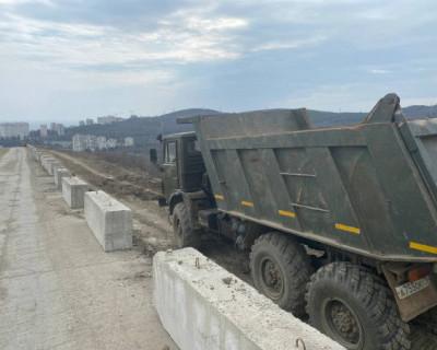 В Алуште ведется строительство дороги по направлению к ЖК «Семейный» от «ИнтерСтрой»