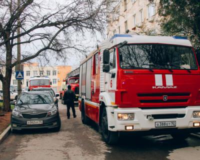 В результате пожара на улице Корчагина в Севастополе погибла пожилая женщина