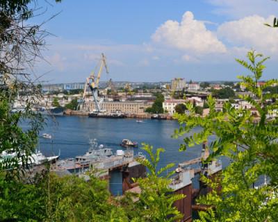 Губернатор Севастополя поднял вопросы развития судостроительной отрасли