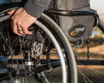 Объекты нацпроекта в Севастополе учитывают потребности маломобильных граждан
