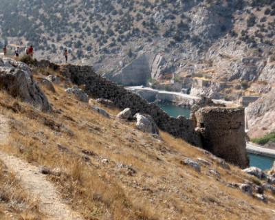 В Севастополе возбудили уголовное дело по факту незаконных раскопок в крепости Чембало