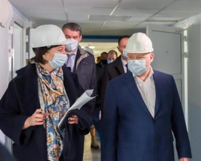 Губернатор Севастополя контролирует ремонт и строительство медучреждений Центра охраны матери и ребёнка
