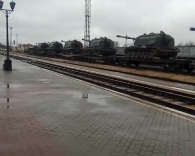 Зачем Россия сосредотачивает войска на границе Украины?