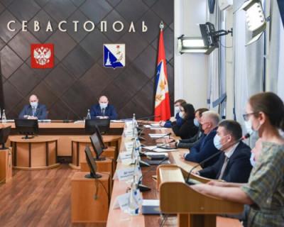 Губернатор Севастополя потребовал от подчиненных повысить качество работы с обращениями