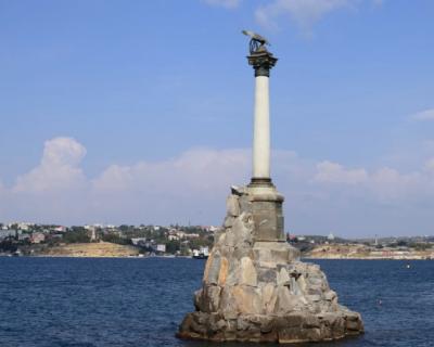 Севастополь - в десятке популярных городов для путешествий на 9 Мая