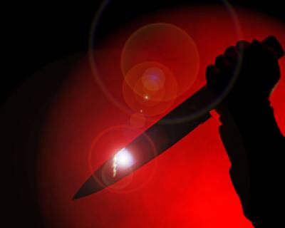 Ревнивый севастополец выяснил отношения со своей возлюбленной при помощи ножа