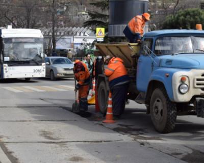 В Севастополе контролируют ремонт дорог
