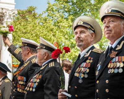 Губернатор Севастополя заявил о необходимости строительства нового здания Дома ветеранов
