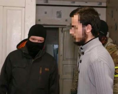 Второй подозреваемый в подготовке теракта в Симферополе заключен под стражу