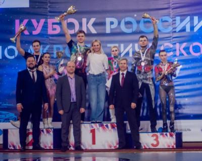 В Севастополе прошел кубок России по акробатическому рок-н-роллу