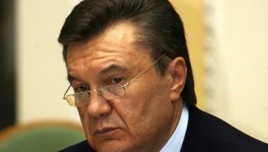 Янукович - старший все еще в Крыму. После гибели сына он перенес инфаркт