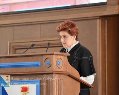 Депутаты Заксобрания Севастополя ознакомились с работой департамента образования
