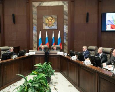 В Севастополе обсудили вопросы, связанные с защитой Крыма