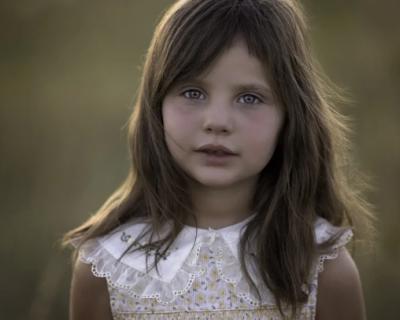 Крымчанин оставил засосы на шее 11-летней дочери