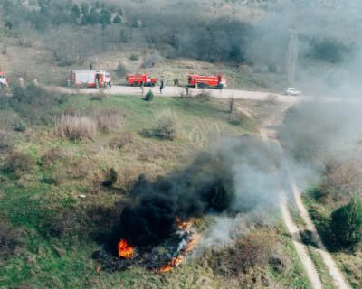 Сотрудники МЧС Севастополя провели учения по ликвидации пожара