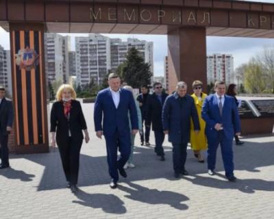 Вице-премьер Крыма Евгений Кабанов посетил объекты ФЦП в Евпатории