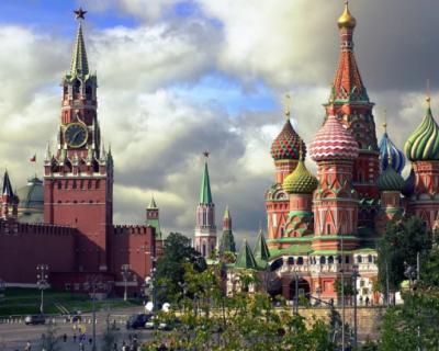 В Кремле запретили петь, танцевать и распивать алкоголь