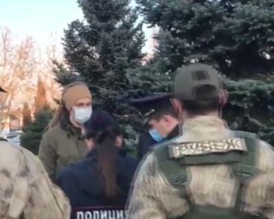 Как прошла несанкционированная акция в поддержку Навального в Севастополе (ВИДЕО)