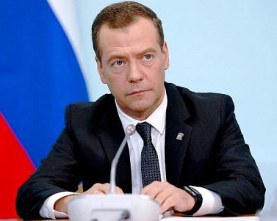 Дмитрий Медведев заявил, что мир вступил в новую холодную войну