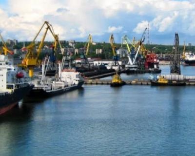 Россия устанавливает контроль над Азовским морем