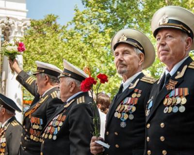 9 мая по Севастополю будут ездить автомобили Черноморского флота под фронтовые песни