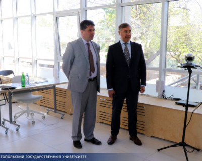 Министр образования Валерий Фальков посетил Севастополь