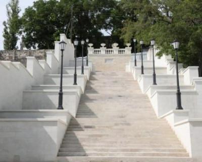 Стала известна дата открытия Митридатской лестницы в Керчи