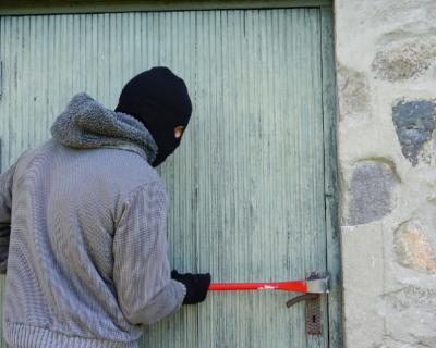 В Севастополе полицейские задержали подозреваемых в квартирных кражах