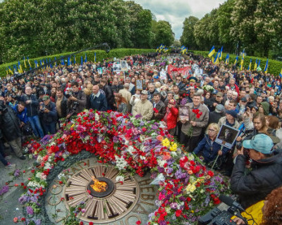В Киеве признали крах борьбы с празднованием Дня Победы