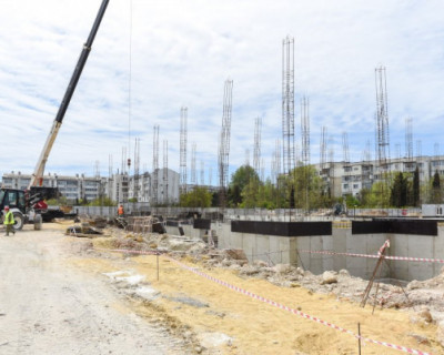 В Севастополе продолжается строительство детского сада на улице Героев Бреста