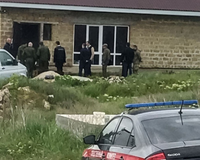 В Крыму ликвидирован вооруженный террорист (ВИДЕО)