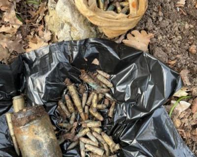 В районе Феодосии обнаружен тайник с оружием из 90-ых