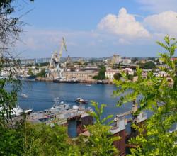 В Севастополе снесут самовольные постройки