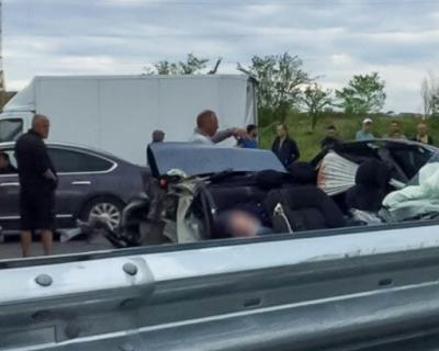 ДТП в Крыму: водитель легковушки погиб, столкнувшись с манипулятором