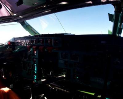 Стратегические ракетоносцы совершили полет над Черным морем (ВИДЕО)