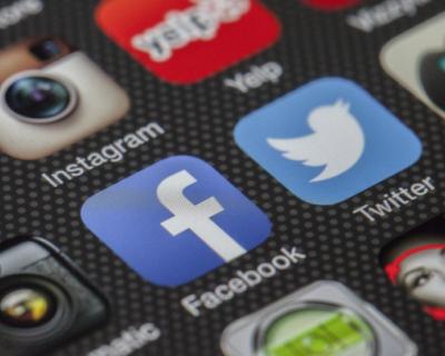 Роскомнадзор потребовал от иностранных соцсетей хранить базы пользователей в России