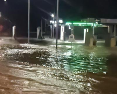 Симферополь затопило водой
