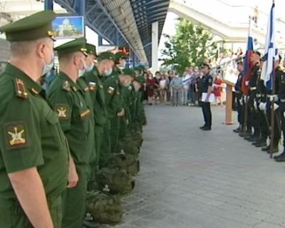 Новобранцы из Севастополя отправились служить в Петербург