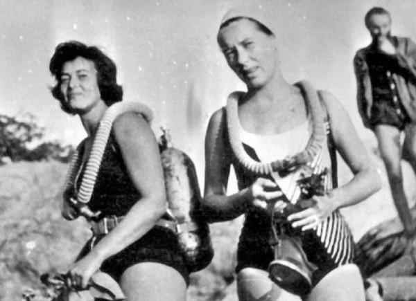 первые в СССР женщины-акванавты  Марина Баранец и Галина Гусева