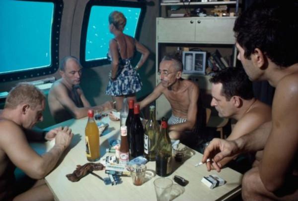 подводное общежитие