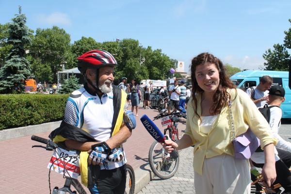 Тысячная велоколонна прокатилась по центру Севастополя 6